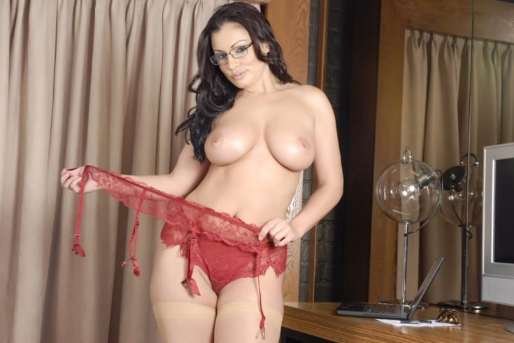 aria-giovanni-the-naughty-secretary