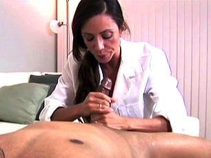 ariella-ferrera-slutty-nurse