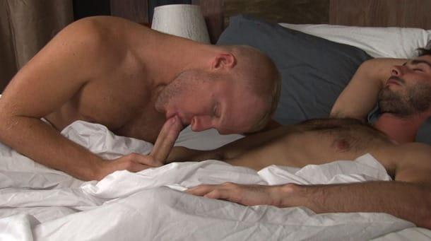 austin-zane-taking-it-into-his-mouth