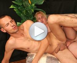 bareback-beginners-gay-videos-04