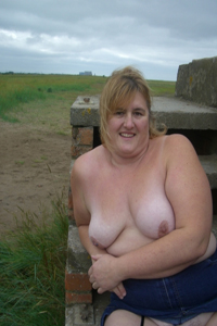 bbw-milf-exposing-her-tits