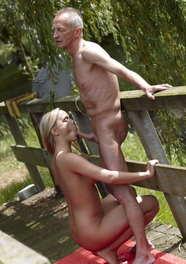 beauty-and-the-senior-blonde-sucking-horny-old-cock