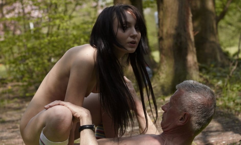 beauty-and-the-senior-sexy-babe-riding-an-old-guy