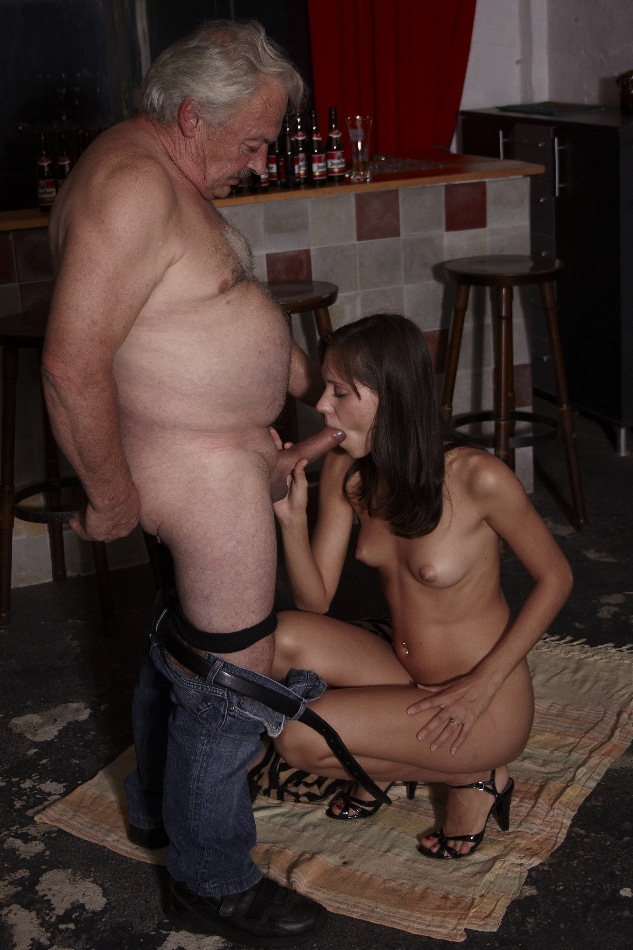 beauty-and-the-senior-sexy-babe-sucking-an-old-cock