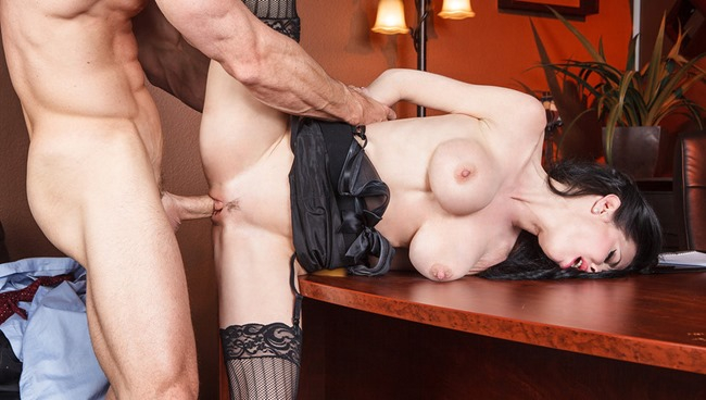 big-tits-at-work-veronica-avluv-in-show-me-whos-boss