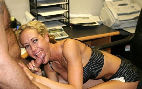 brandi-love-giving-office-blowjob