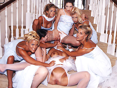 chantas-bitches-amber-lynn-and-her-gfs