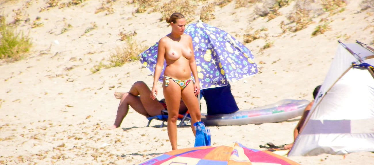 coccozella-nudist-beach-greece
