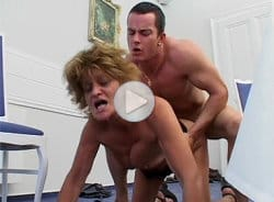 crazy-old-moms-granny-loves-dogging