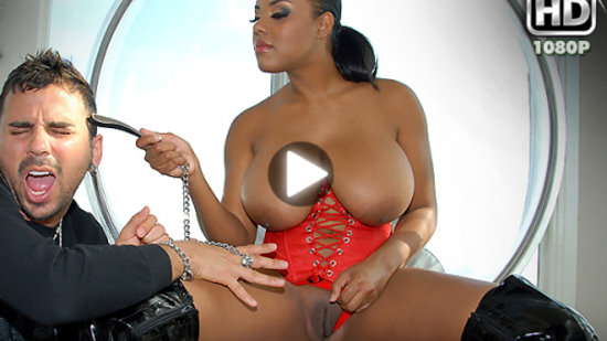 ebony-alia-starr-and-her-big naturals
