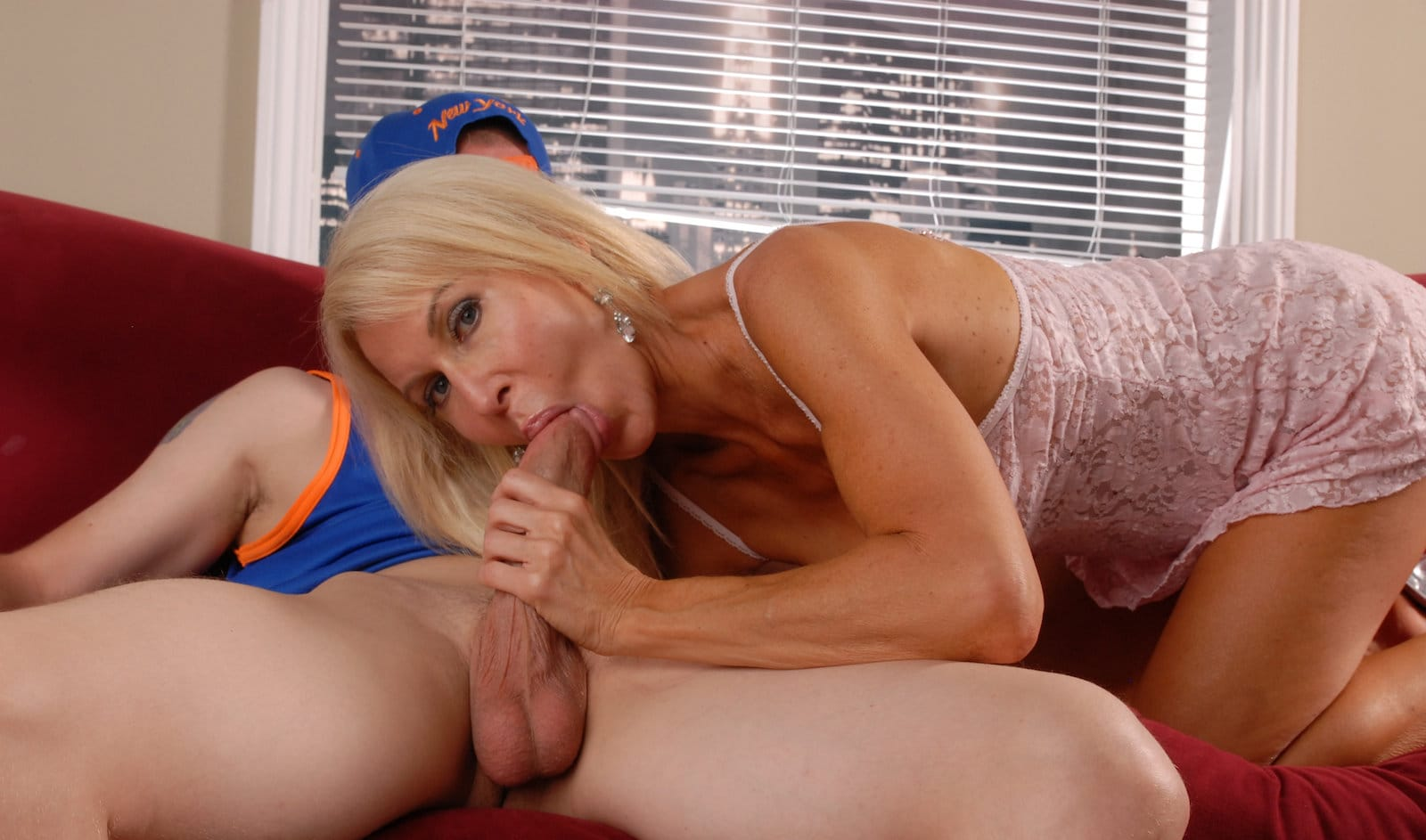 erica-lauren-in-first-time-mature-bj
