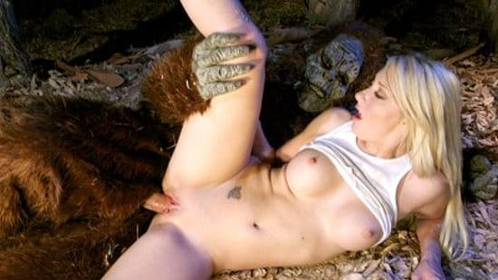 fakehub-missy-woods-fucked-in-the-woods
