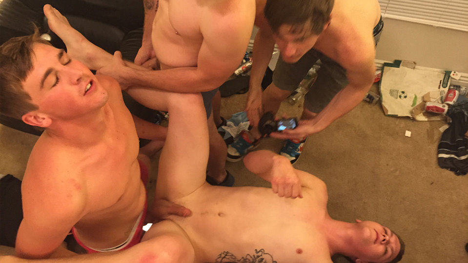 fraternity-x-drunk-lit-and-gangbanged