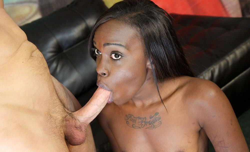 ghetto-gaggers-bella-doll-blowing-cocks