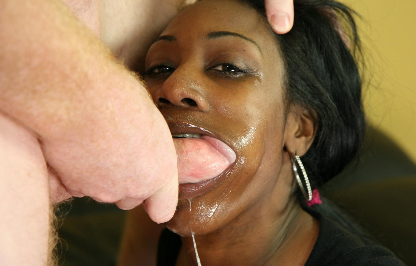 ghetto-gaggers-mouth-abuse-bj