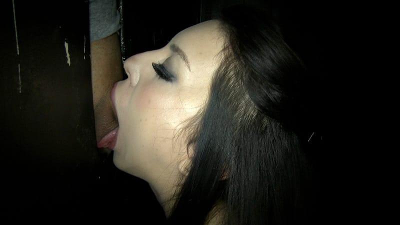 gloryhole-swallow-deepthroat