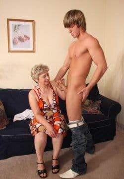granny-porn-free-pics-3