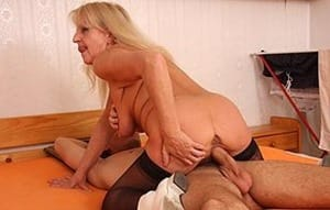 grannybet-deep-and-hard