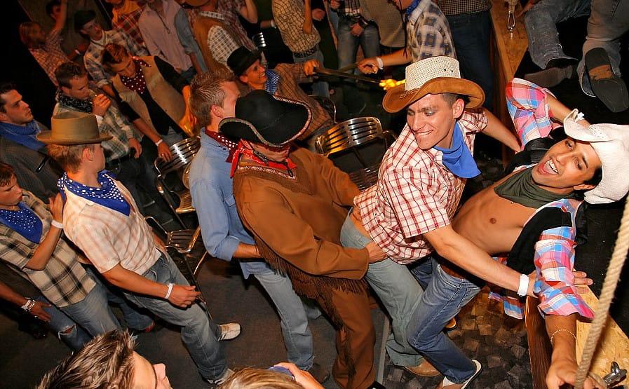 guys-go-crazy-parties
