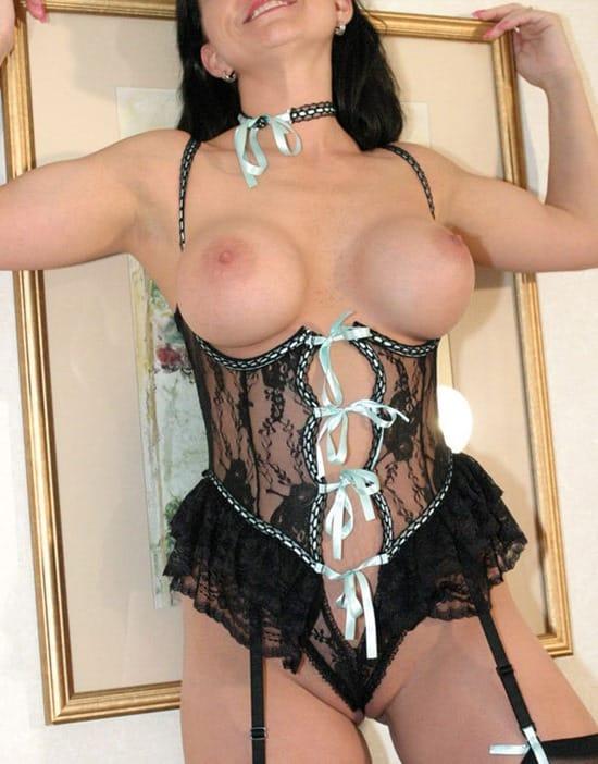 jean-swing-sexy-lingerie