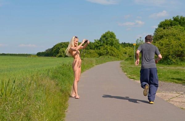 kinky-blonde-jogging-nude-in-public