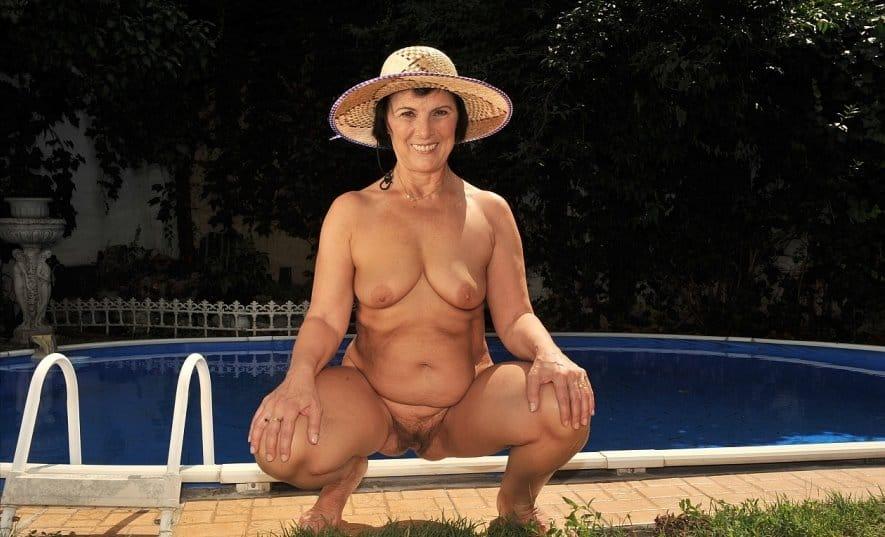 lusty-grandmas-mature-margo