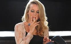 models-smoking-free-pics-6