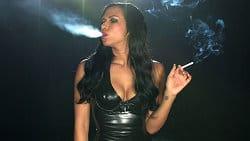 models-smoking-free-pics-8