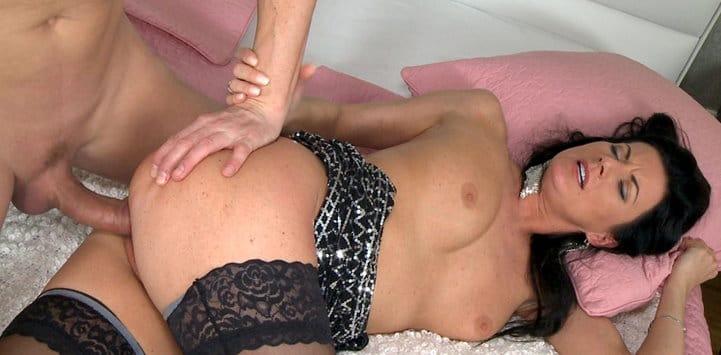 momxxx-mature-lady-fucked
