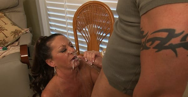 monsters-of-jizz-margo-nasty-facial