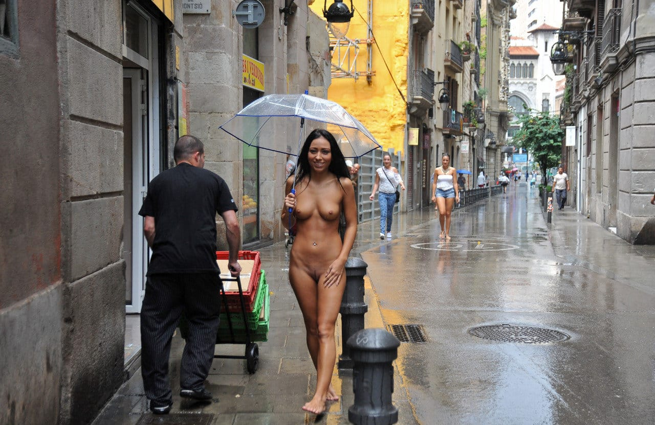 naked-in-public-sexy-brunette-naked-in-the-rain