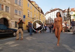 naked-in-public-videos-walking-nude