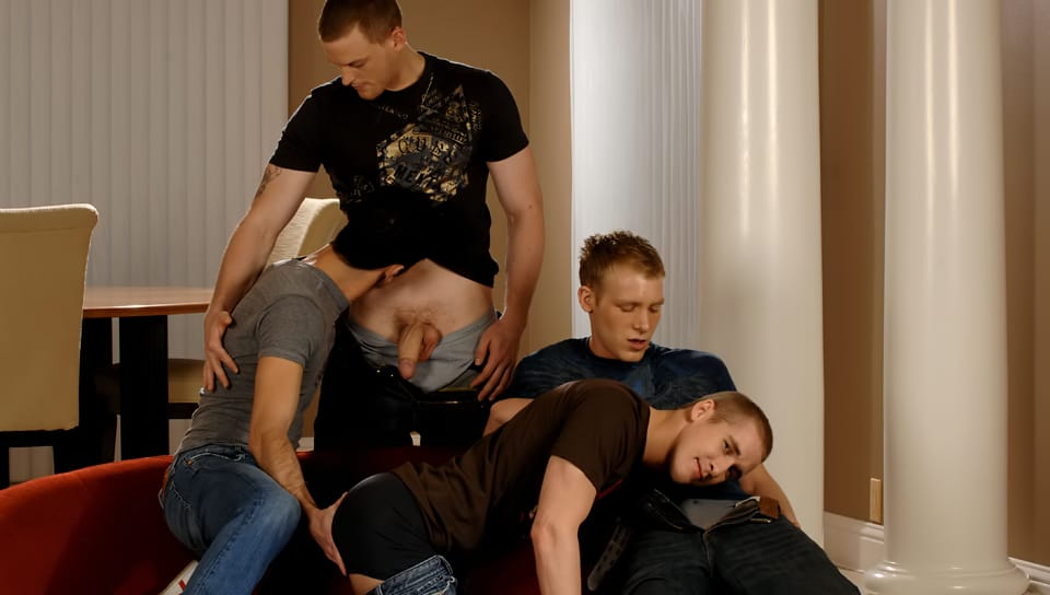 nextdoorbuddies-mason-wyler,-jake-steel,-brandon-bangs-&-david-stone