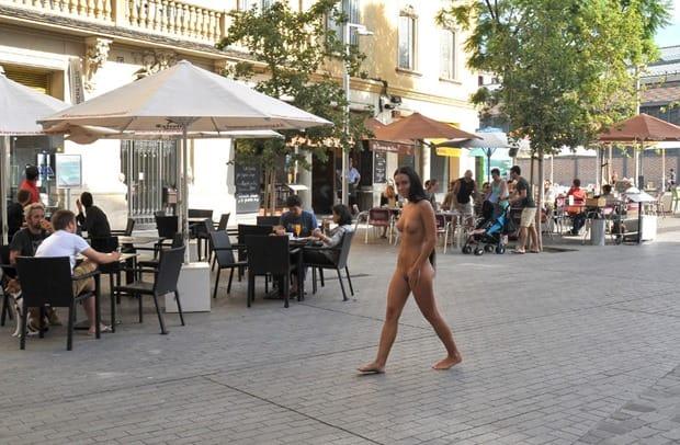 nikola-walking-around-nude-in-public
