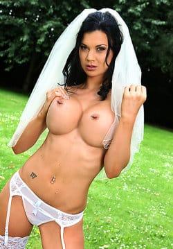 nude-pornstars-jasmine-jae
