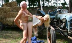 oldje-farmer-joe-gets-lucky