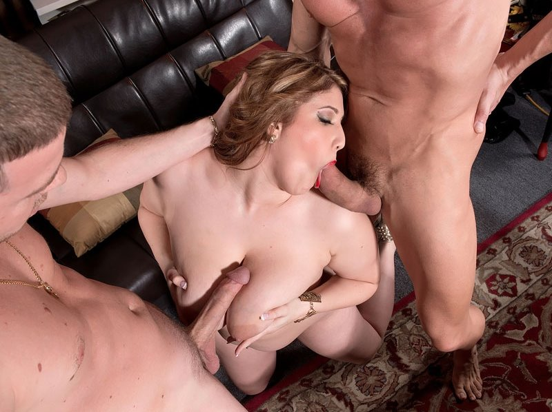 plumperpass-angel-de-luca-double-fucked