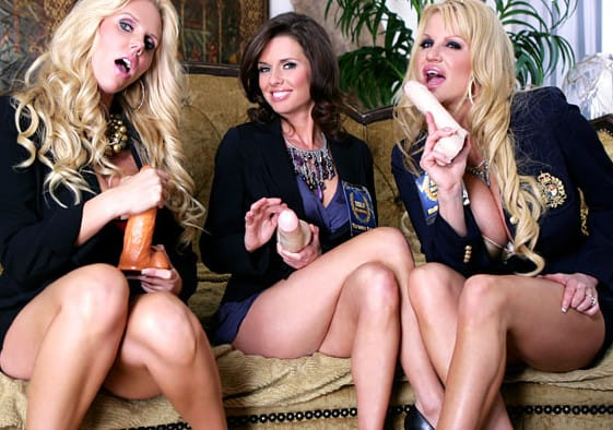 pornfidelity-karen,kelly-and-a-firend-fucking-with-dildos