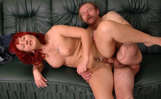 raw-handicap-sex-one-legged-dude-fucking-redhead