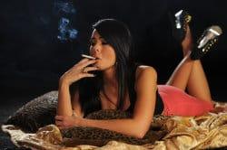 smoking_models_videos_charley_smoking_strong_marlboro