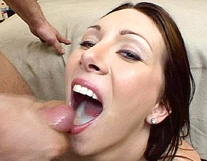 spermastudio-ray-veness-drinking-cum